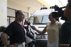giornalista di Panama intervista Celestino di MotoForPeace