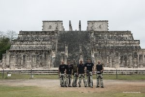 motoforpeace al sito archeologico di chichen itza 2016